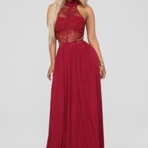 Fashion Nova Andromeda halter dress WINE L maxi